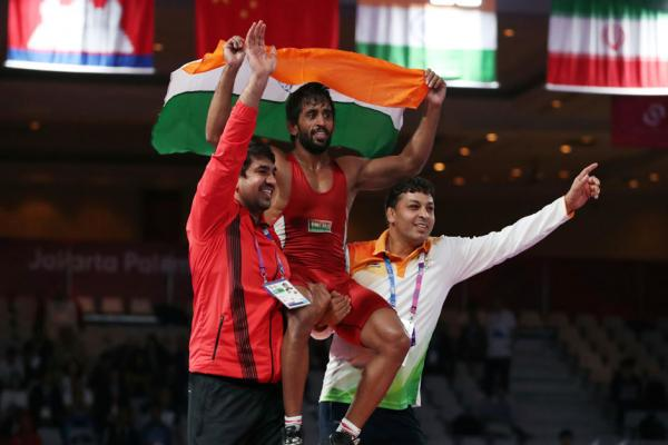 Asian Games' opening day proves bittersweet for India as Bajrang Punia wins gold while Sushil Kumar crashes out in first round