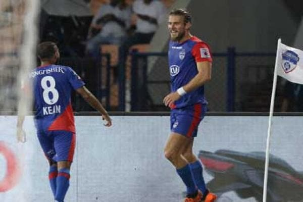 ISL 2018-19: Australian midfielder Erik Paartalu scores as Bengaluru FC maintain unbeaten run by beating ATK