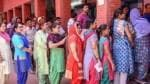 Poll violence, EVM glitches conclude final phase of Lok Sabha election; 61.21% turnout recorded till 6 pm