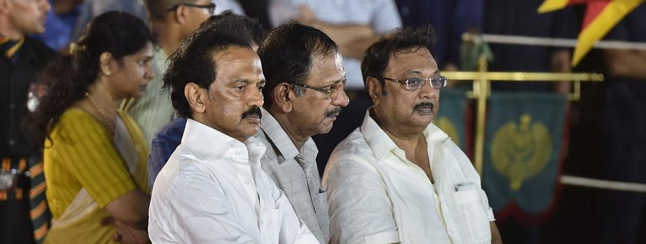 Dissidence brews in DMK: Stalin shouldn't fear Alagiri's legacy claims, but needs to tread path with caution