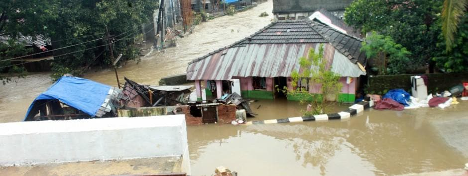 Kerala floods LIVE updates: Death toll stands at 73; Centre deploys 40 more NDRF teams, 10 more IAF choppers to affected districts