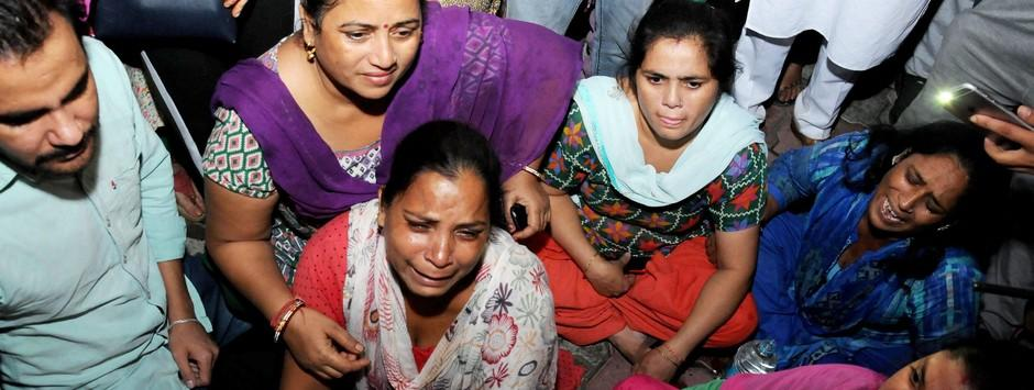 Amritsar train accident LIVE updates: 58 deaths confirmed, over 60 injured; Navjot Singh Sidhu meets survivors