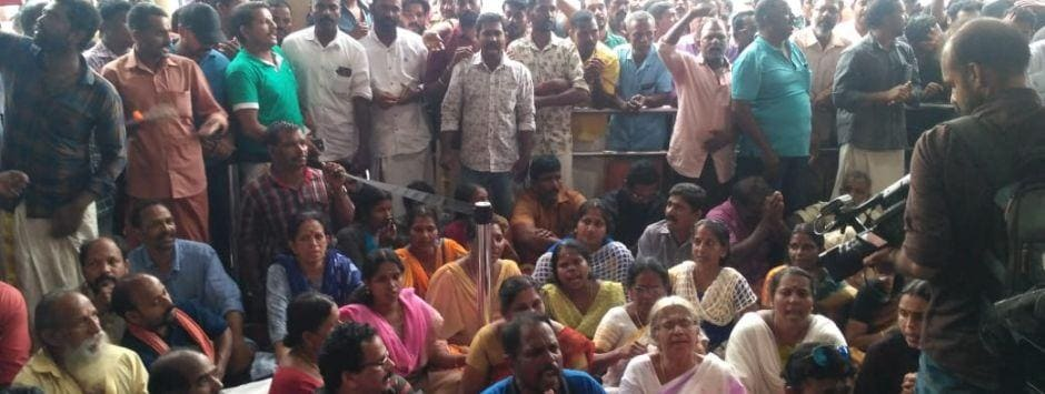 Sabarimala protests LIVE updates: Trupti Desai refuses to leave without getting 'darshan'; BJP calls it publicity stunt