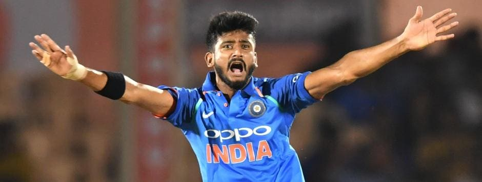 LIVE Cricket Score, India vs Australia,1st T20I at Brisbane: Kuldeep Yadav gets rid of Aaron Finch