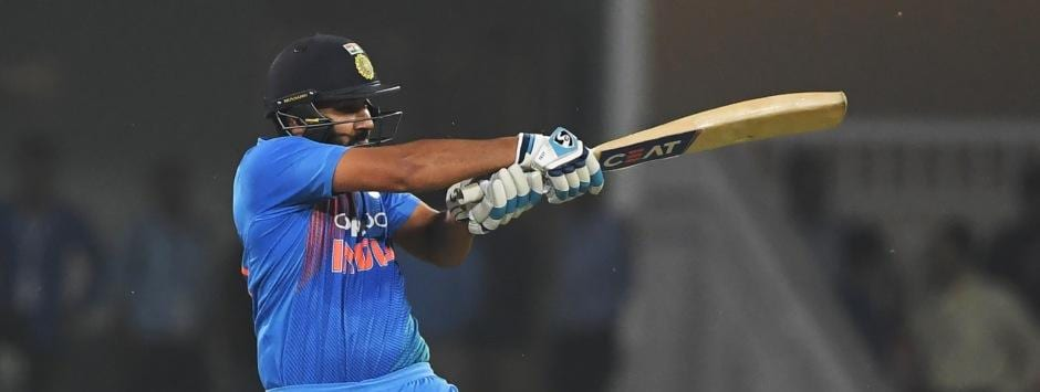 LIVE Cricket Score, India vs Australia,1st T20I at Brisbane: Rohit Sharma, Shikhar Dhawan get 174-run chase underway
