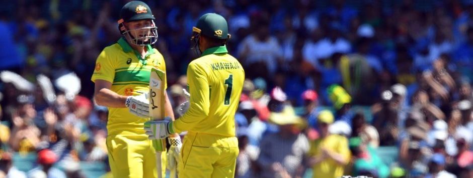 LIVE cricket score, India vs Australia, 3rd ODI in Melbourne: Marsh, Khawaja rebuild with a 50-run stand