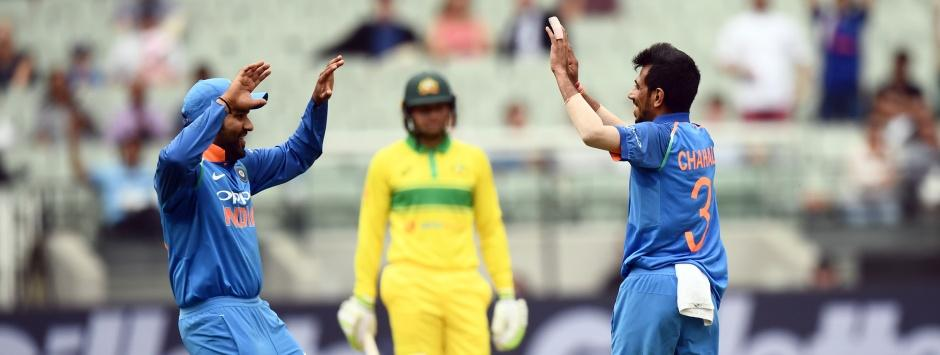 LIVE cricket score, India vs Australia, 3rd ODI in Melbourne: Chahal takes fourth wicket to push hosts further
