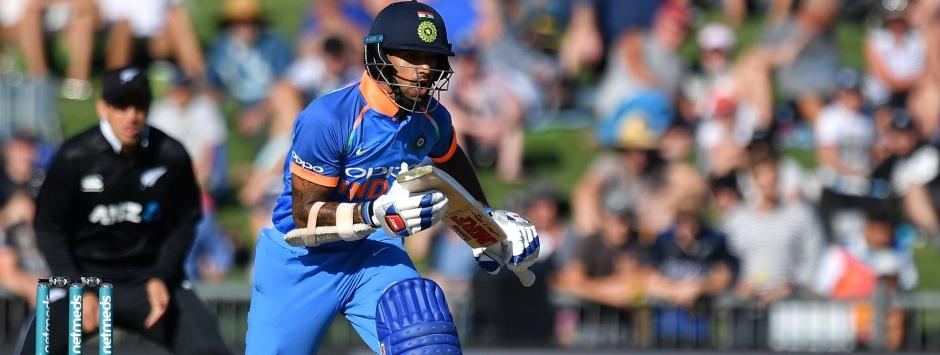 LIVE Cricket Score, India vs New Zealand, 1st ODI at Napier: Rohit, Dhawan begin chase; Kiwis dismissed for 157
