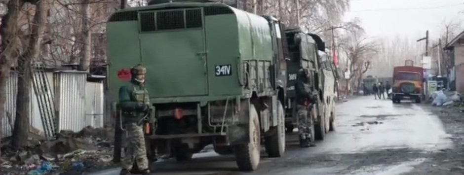 Four army jawans killed Pulwama encounter LIVE updates: Civilian injured amid heavy firing in overnight joint operation