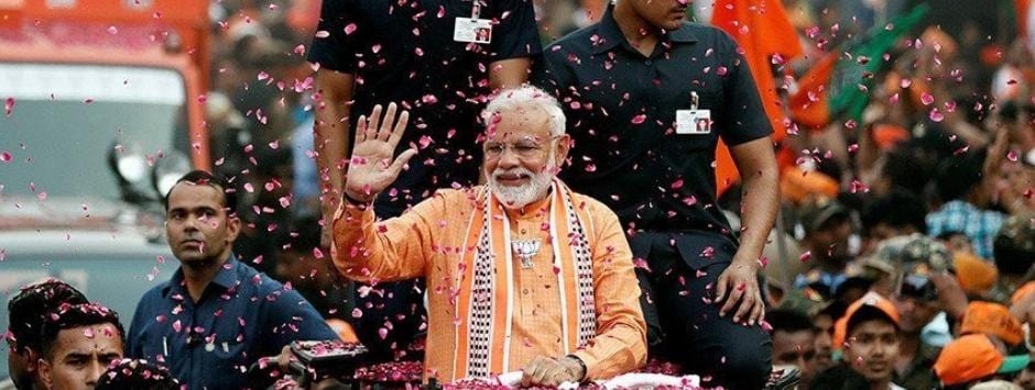 Narendra Modi in Varanasi; Lok Sabha Election 2019 LIVE updates: PM reaches Dashashwamedh Ghat to perform 'Ganga aarti'
