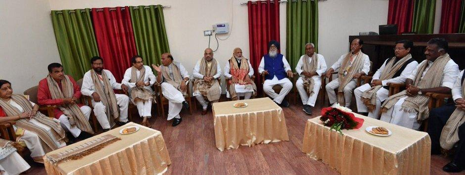 Narendra Modi files nomination from Varanasi: Flanked by partymen and allies, PM demonstrates NDA is no 'one-man show'