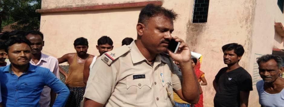 Lok Sabha Election 2019 Final Phase voting LIVE Updates: Jharkhand cop removed from poll duty after 'pressurising' people to cast vote for JMM