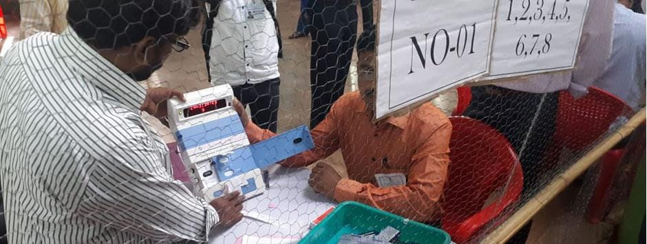 Lok Sabha Election Results 2019 LIVE Updates: EC to start counting of votes for parliamentary polls in 542 seats at 8 am