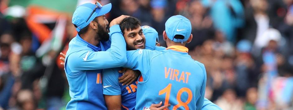 India vs Pakistan LIVE Match SCORE, ICC Cricket World Cup 2019 at Manchester: Rain stops play with India four wickets away from win