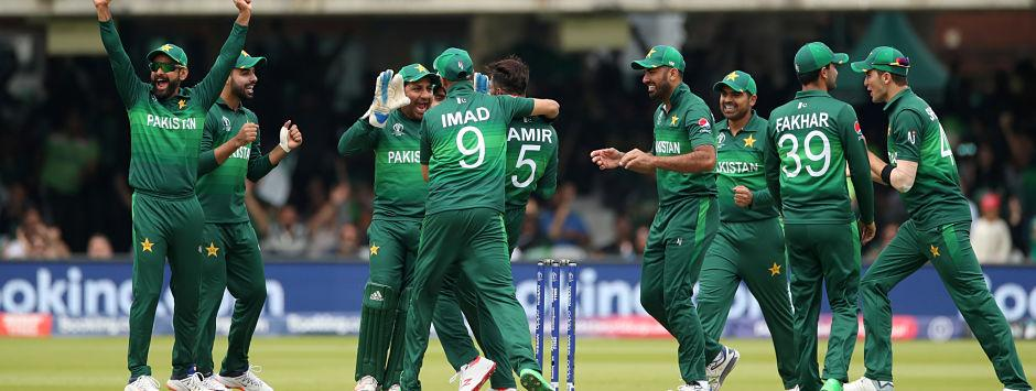 New Zealand vs Pakistan LIVE SCORE, ICC Cricket World Cup 2019 Match: De Grandhomme departs after Kiwis cross 200