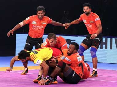Pro Kabaddi League 2018: U Mumba, Gujarat Fortunegiants enter playoffs; Dabang Delhi's home run takes them to third