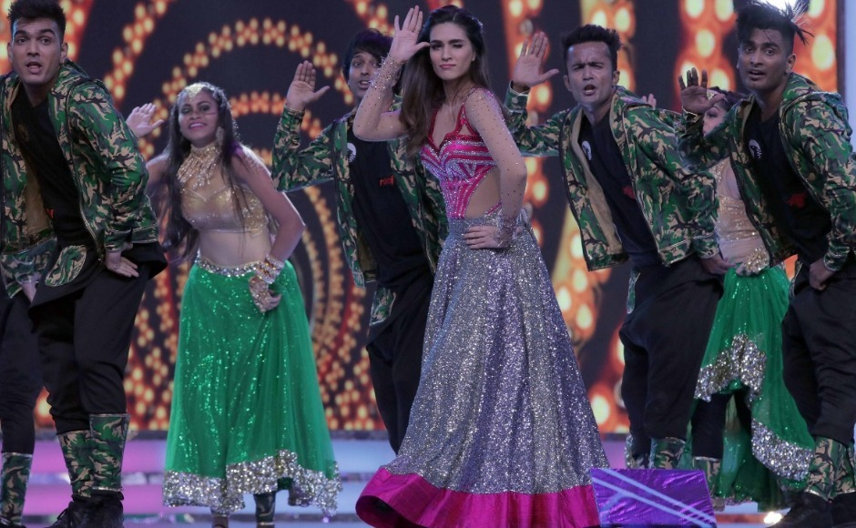 Kriti Sanon performs to a medley of her hit songs. Photo: Firstpost/Sachin Gokhale
