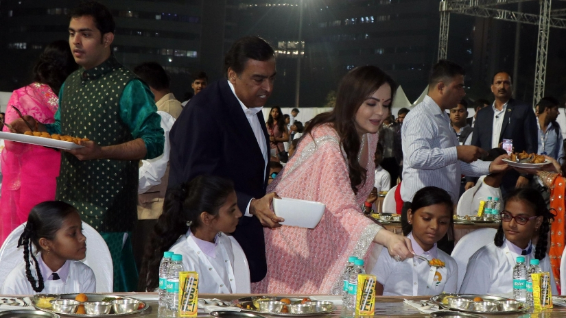 The Ambanis served dinner to over 2000 underprivileged children from various NGOs at Jio World Centre. Firstpost/@Sachin Gokhale