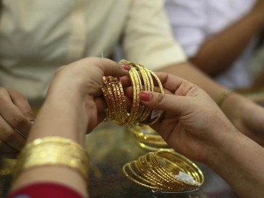 India gold demand to hit three-year low at 700 tonnes in 2019 as prices surge to record high: WGC