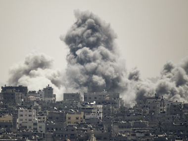 Smoke rises during an Israeli offensive in the east of Gaza City. Reuters image