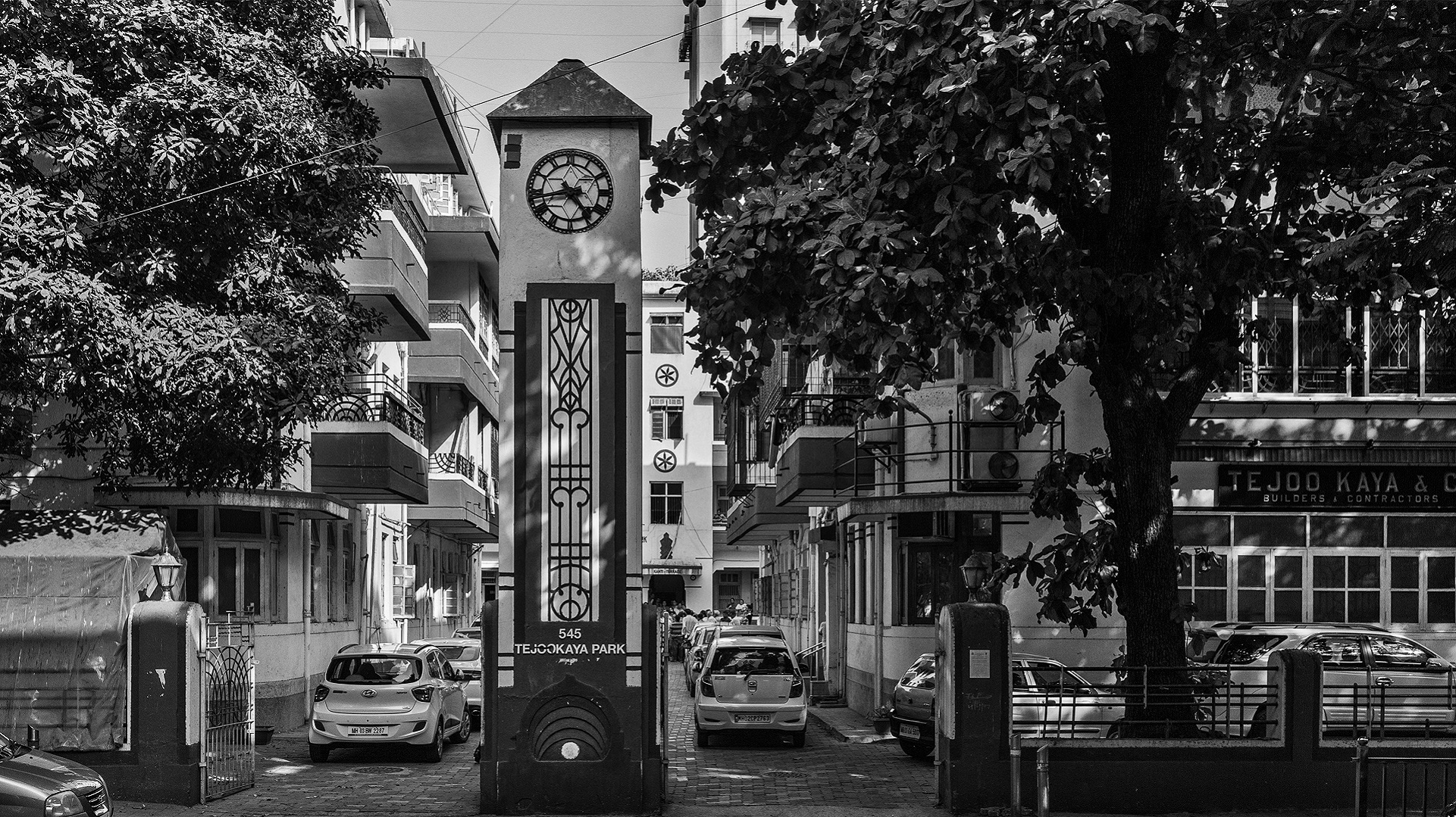 Public clocks of Bombay: In documenting the city's timekeepers, musings on the nature of time