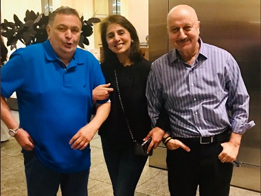 Rishi Kapoor, Neetu Singh return to India after a year in New York; Anupam Kher pens heartfelt goodbye note