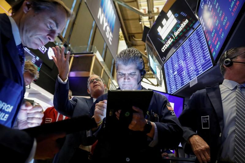 S&P 500 posts 5th week of gains as Wall Street hits records