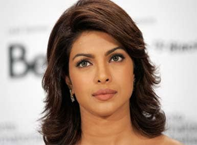 Priyanka blasts scribes on Twitter