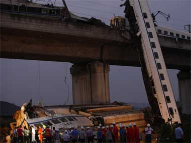 China bullet train mishap