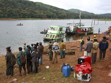 Mullaperiyar row: Tension prevails as 4,000 villagers take out march