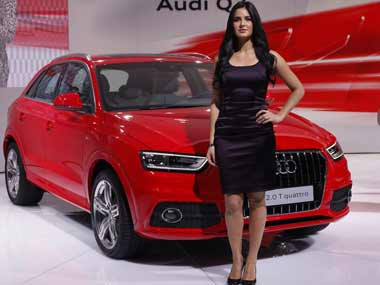 Geneva Motor Show almost void of booth babes, as automakers strive to polish their brand images