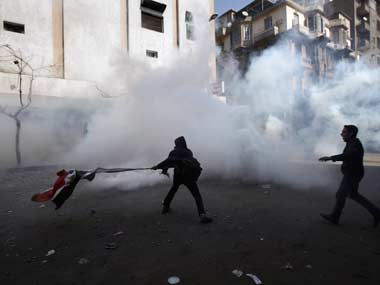 No end to Egypt clashes, death toll climbs to 12