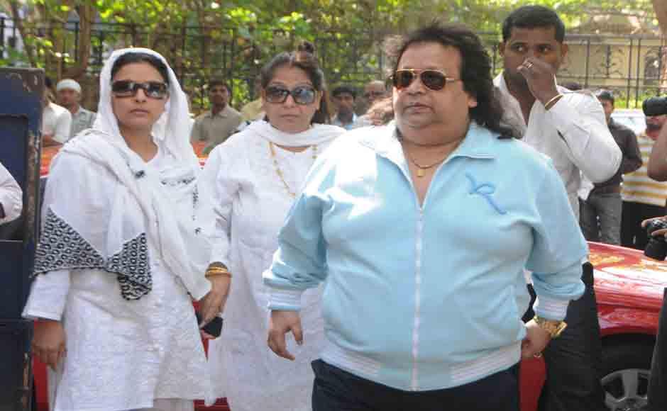Music Director and Singer Bappi Lahiri attends Mukherjee's Funeral ceremony. Photo Credit : Raju Shelar/Firstpost