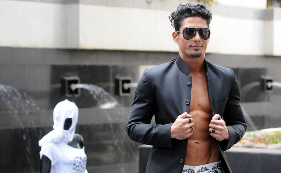 Prateik had the girls screaming for more as he flashed his abs on the ramp. Raju Shelar/ Firstpost
