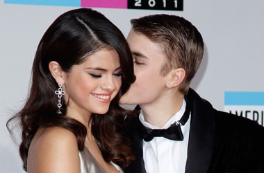 Bieber selena dating bangalore