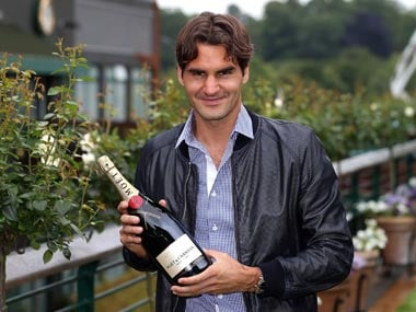 Federer passes Sampras for record time at No 1 ranking