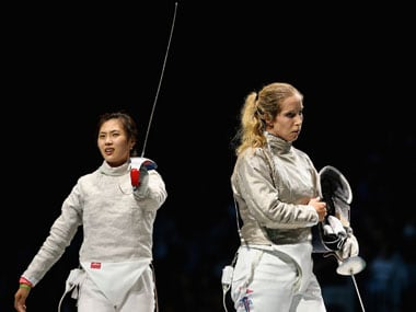 London 2012 fencing: Defending champ Zagunis stunned by Kim Jiyeon