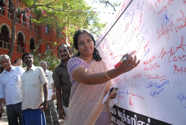 Lawyers at the Madras High Court on Thursday took out a signature campaign against the gangrape in Delhi. Firstpost