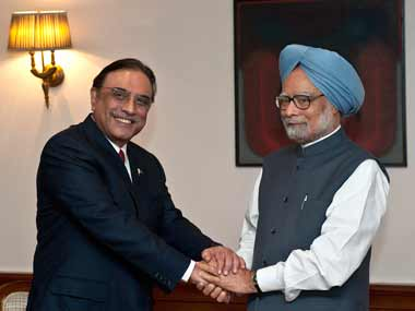Does Manmohan want to be seen as Pak's appeaser-in-chief?