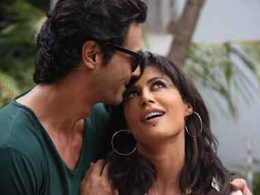 Movie Review: Inkaar is less sexual harassment, more audience harassment!