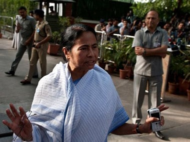 Doctors strike in Bengal: Mamata Banerjee claims BJP, CPM behind agitation, gives ultimatum to medicos to resume work by 2 pm