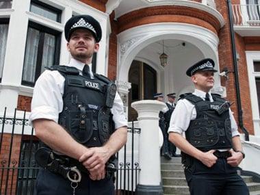 Britains ethnic minority cop alleges biased recruitment