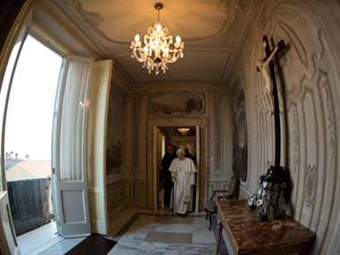 For first time in 600 years, Popes meet for lunch: What will they discuss?