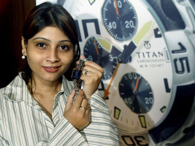 Titan Company expects 20% growth during current fiscal, plans to open 14 outlets of Taneira