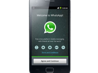 Nokia Asha 501 users can now download WhatsApp through a software update