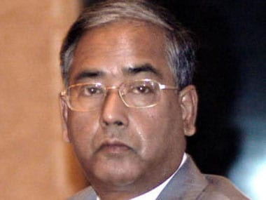 Case of Mistaken Identity: When people introduced U K Sinha as SBI chief!