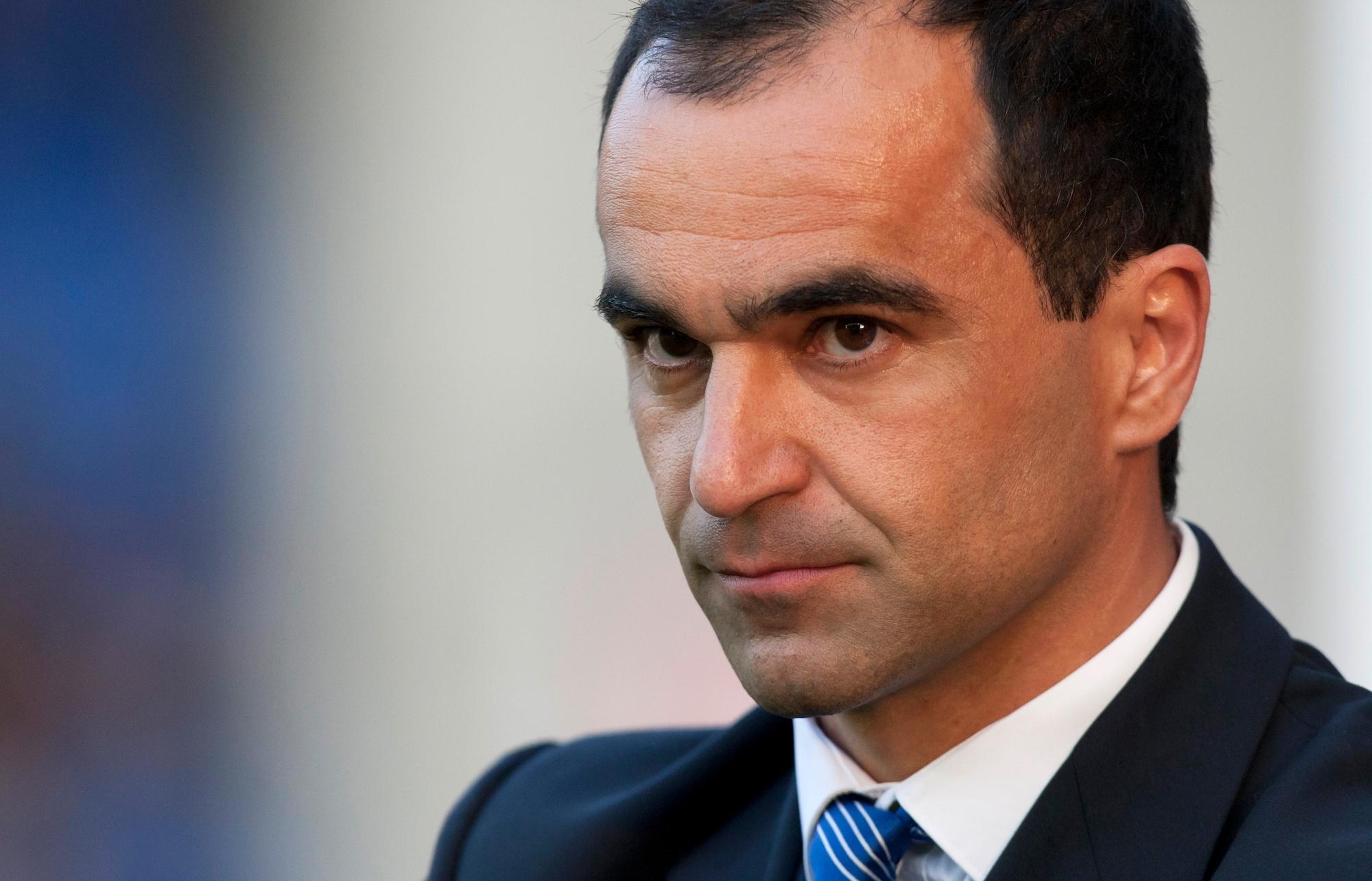 Everton hires Roberto Martinez as manager