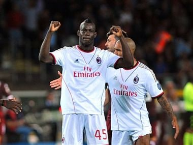 Napoli top Serie A, Balotelli penalty saves Milan