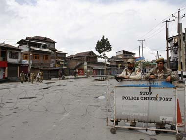 PoK authorities stop cross-LoC trade between Srinagar, Muzaffarabad; no reasons given