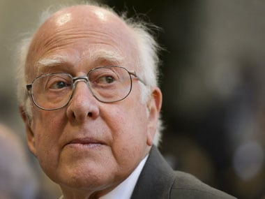 Peter Higgs receives Copley Medal, world's oldest scientific prize